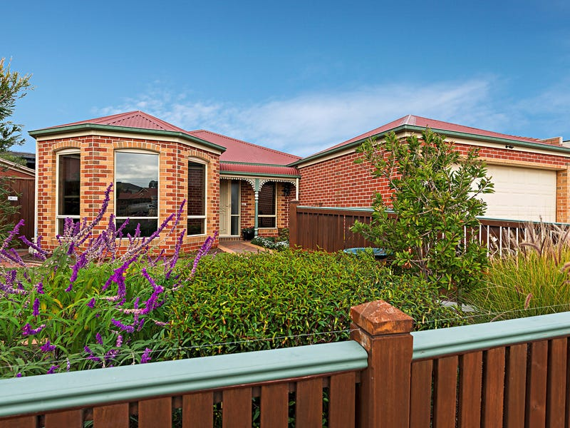 3 Bluebell Crescent, Gowanbrae, Vic 3043