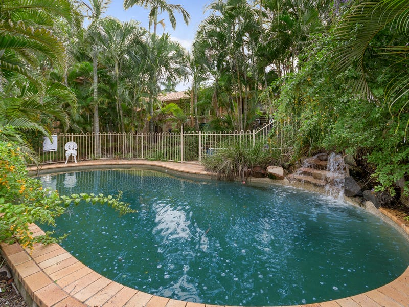 13 Woolner Place, Mount Ommaney, Qld 4074
