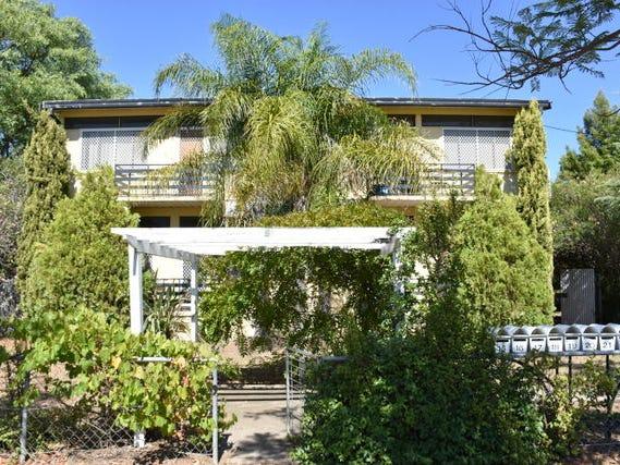 21 Oak Street, Moree, NSW 2400