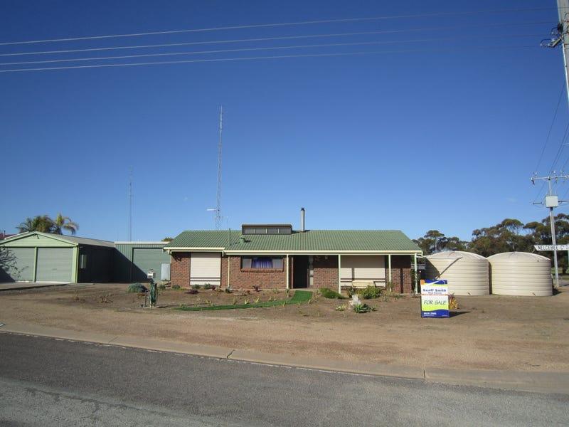 9 Nelcebee court, Port Broughton, SA 5522