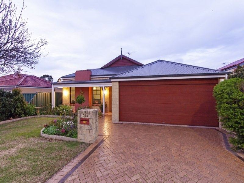 31A Ellesmere Circuit, Success, WA 6164