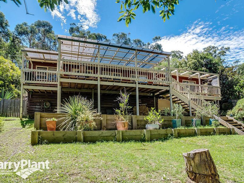 6 Royal Street, Upper Ferntree Gully, Vic 3156