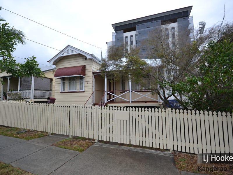 9 Duke Street, Kangaroo Point, Qld 4169