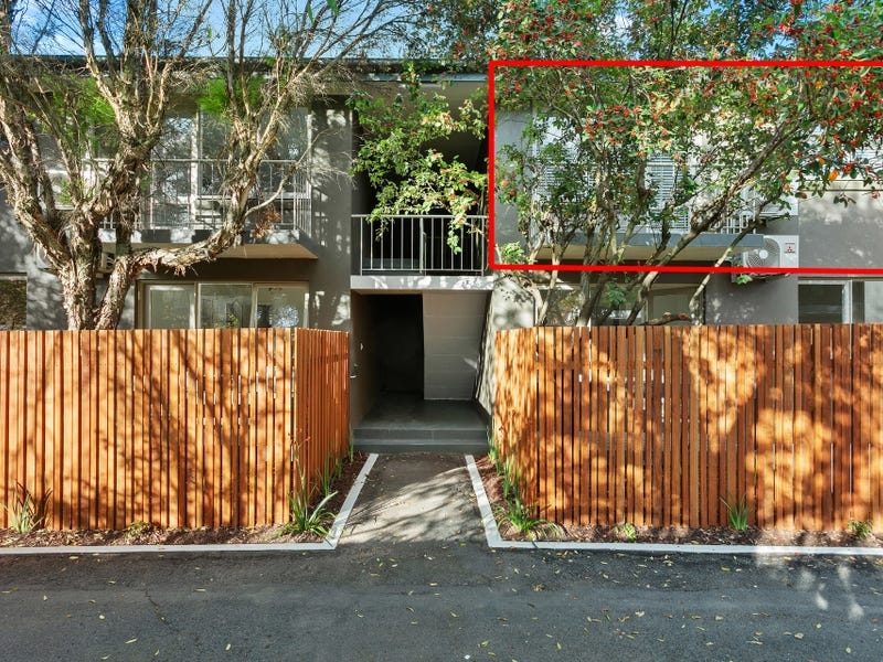 10/23 Hallam Street, Quarry Hill, Vic 3550