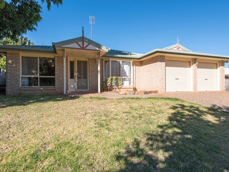 14 Robindale Drive, Darling Heights