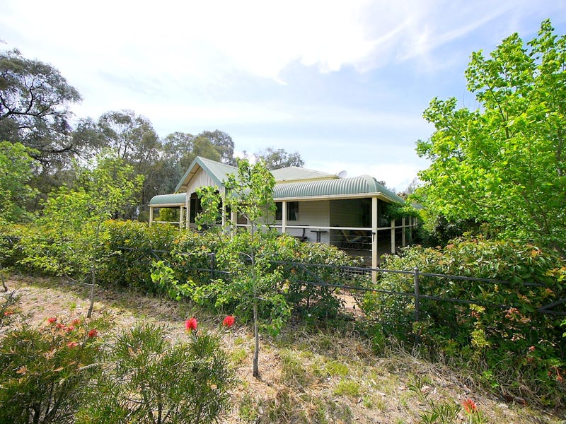 2677 Mid Western Highway, Cowra, NSW 2794