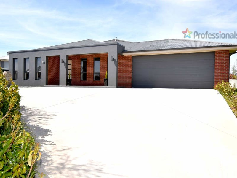13 O'Reilly Place, Llanarth, NSW 2795