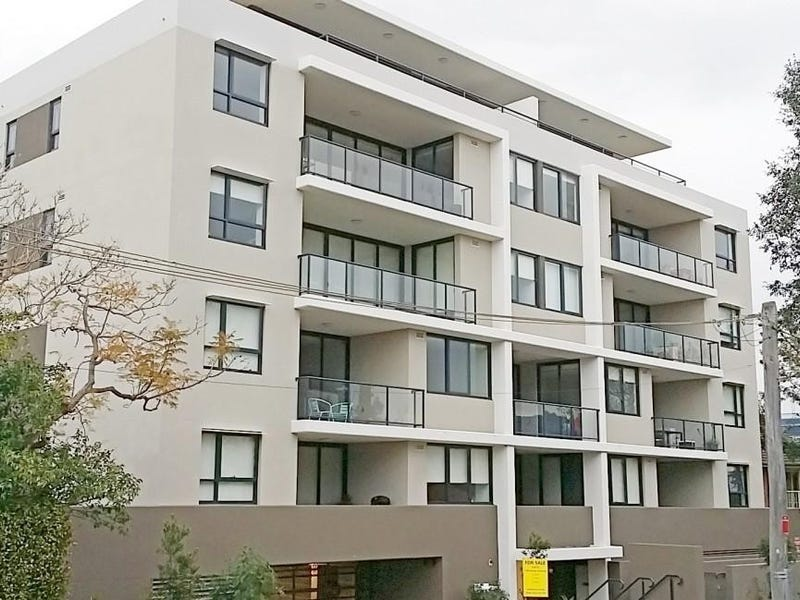 8/3 Wiseman Avenue, Wollongong