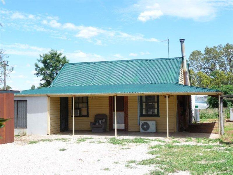 47 Buller Street, Oaklands, NSW 2646