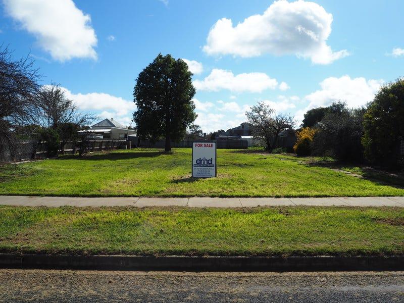 6 Rockley, Nhill, Vic 3418