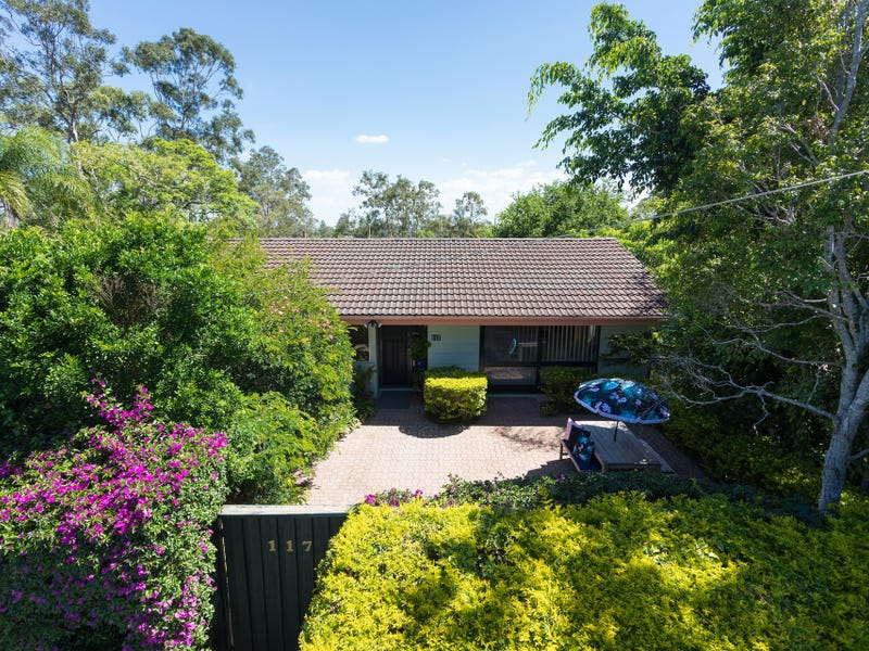 117 Kenmore Rd, Kenmore, Qld 4069