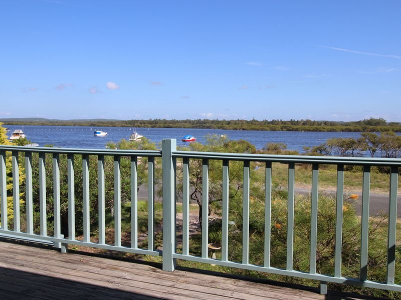 42 The Anchorage, Hawks Nest, NSW 2324