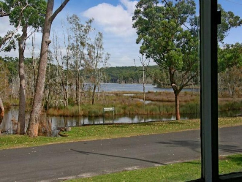 20 Lakeside Drive, South Durras, NSW 2536