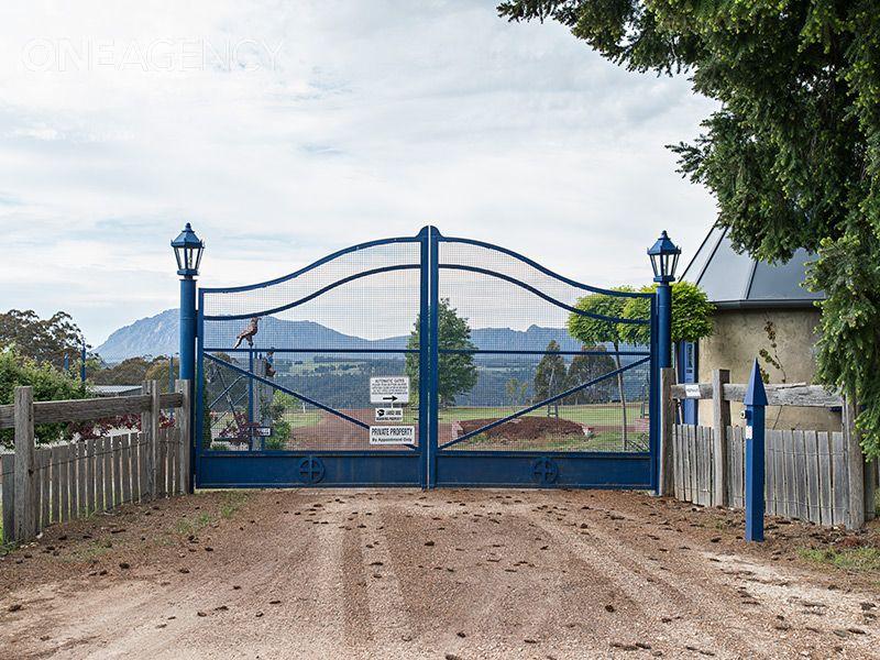 645 Cradle Mountain Road, Erriba, Tas 7310