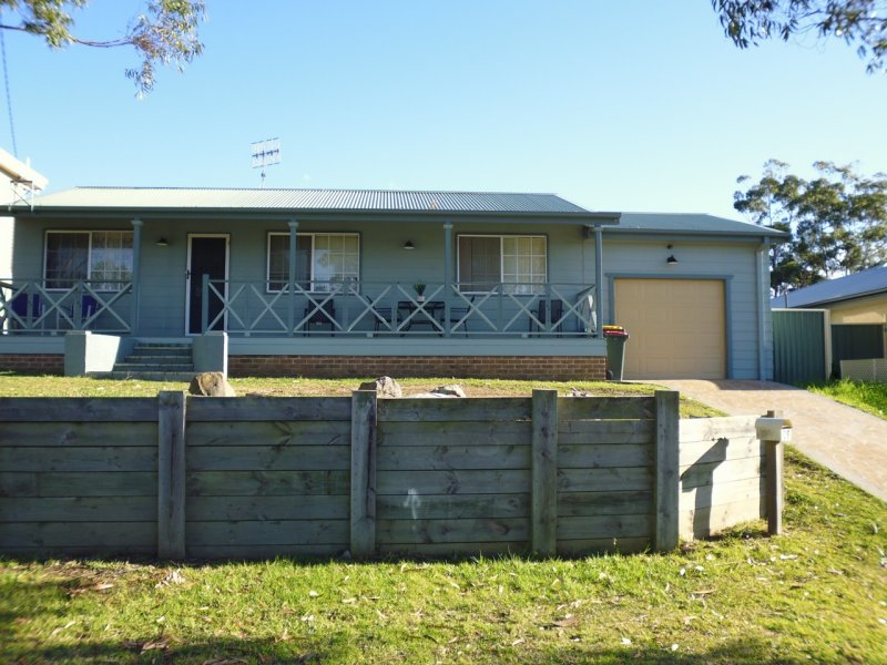28 Mercury Drive, Lake Tabourie, NSW 2539
