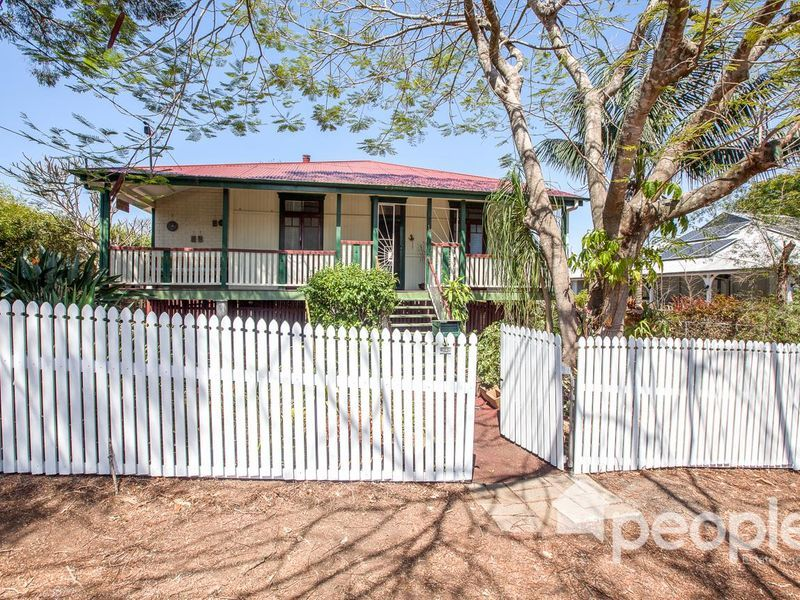 16 Cribb Street, Sadliers Crossing, Qld 4305