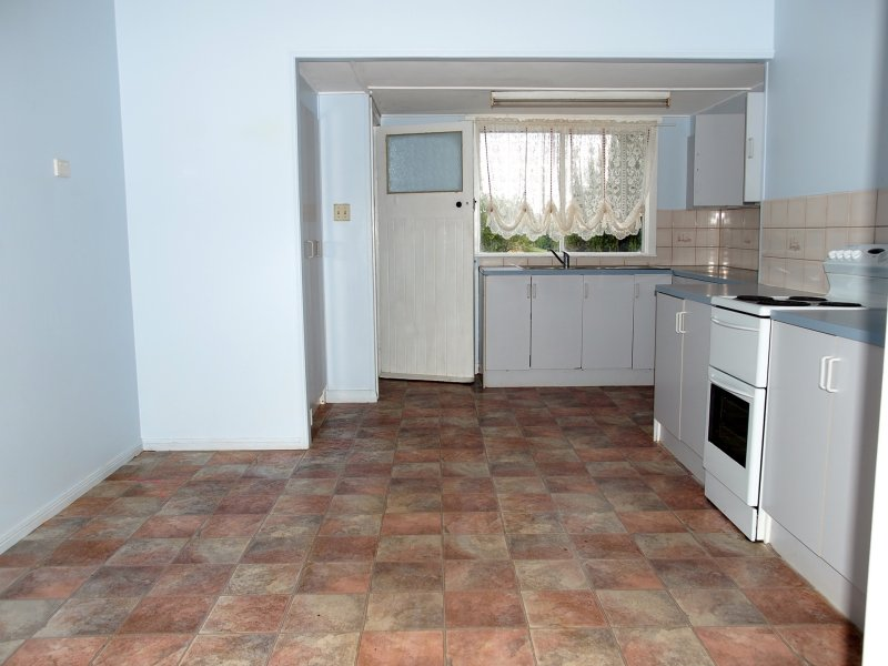 37 Dalmeny St, Wilsonton, Qld 4350