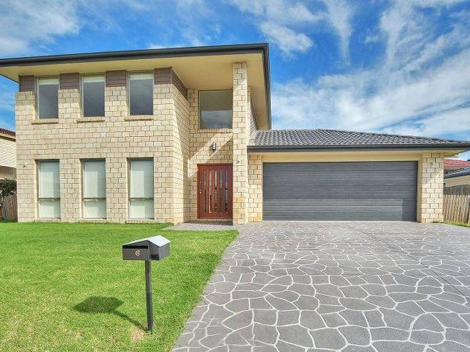Address available on request, MacGregor, Qld 4109