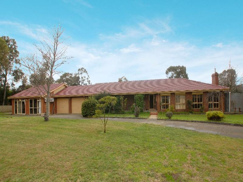 26 Mayfield Road, Cranbourne East, Vic 3977