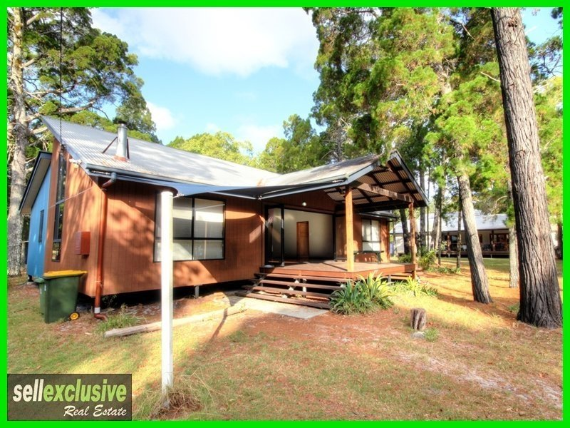 90 Whitepatch Esplenade, White Patch, Qld 4507