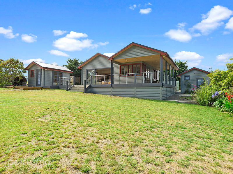 1 Old Tram Road, Bicheno, Tas 7215