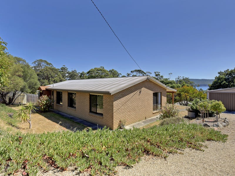 18 Greatbatch Drive, White Beach, Tas 7184