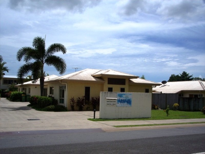 8/4 Pool Close, Woree, Qld 4868