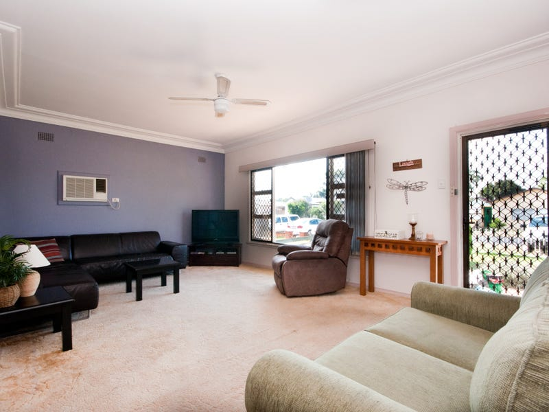 4 Birdwood Avenue, Umina Beach, NSW 2257
