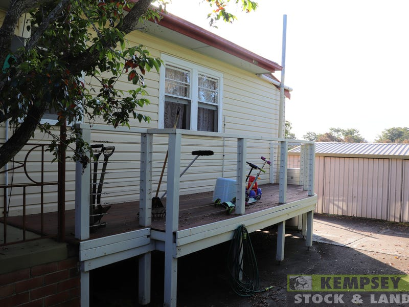 38 Polwood St, West Kempsey, NSW 2440