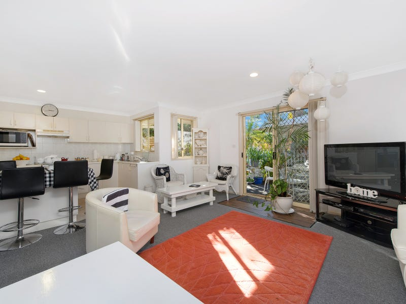 2/4-8 Glebe Close, Port Macquarie, NSW 2444