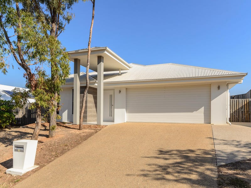 17 Sundowner Road, Clinton, Qld 4680