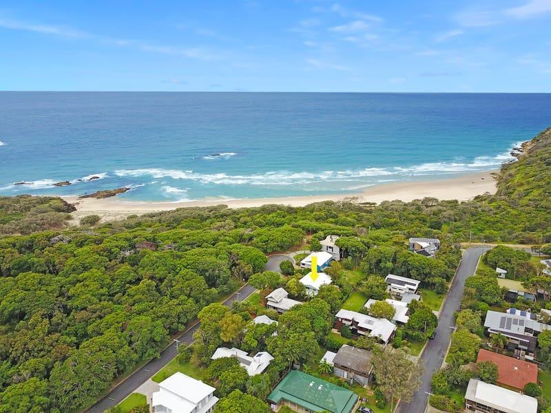 26 Timbin Road, Point Lookout, Qld 4183