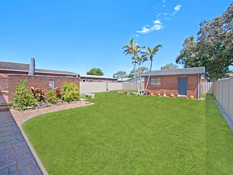 19 Manly Parade, The Entrance North, NSW 2261