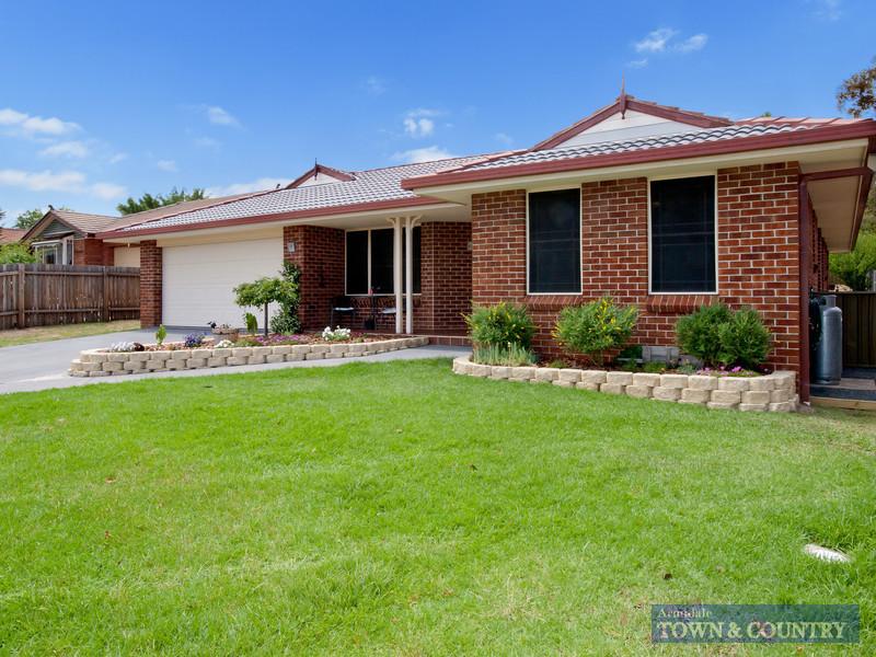 17 MacDonald Drive, Armidale, NSW 2350
