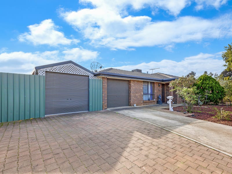5 DEACON COURT, Paralowie, SA 5108