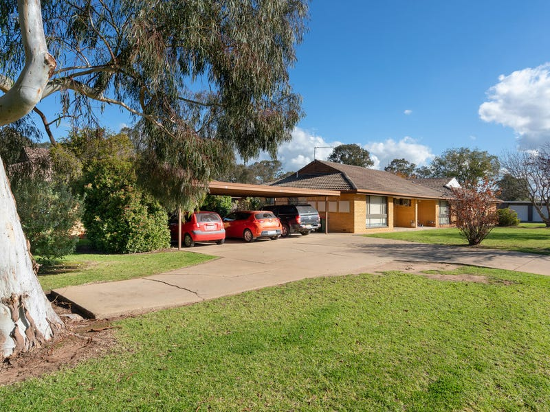 2 & 3 / 66 Inglis Street, Lake Albert, NSW 2650