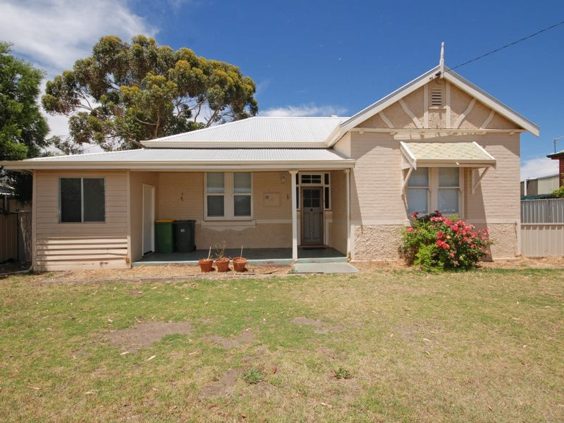 27 Clayton Road, Narrogin, WA 6312