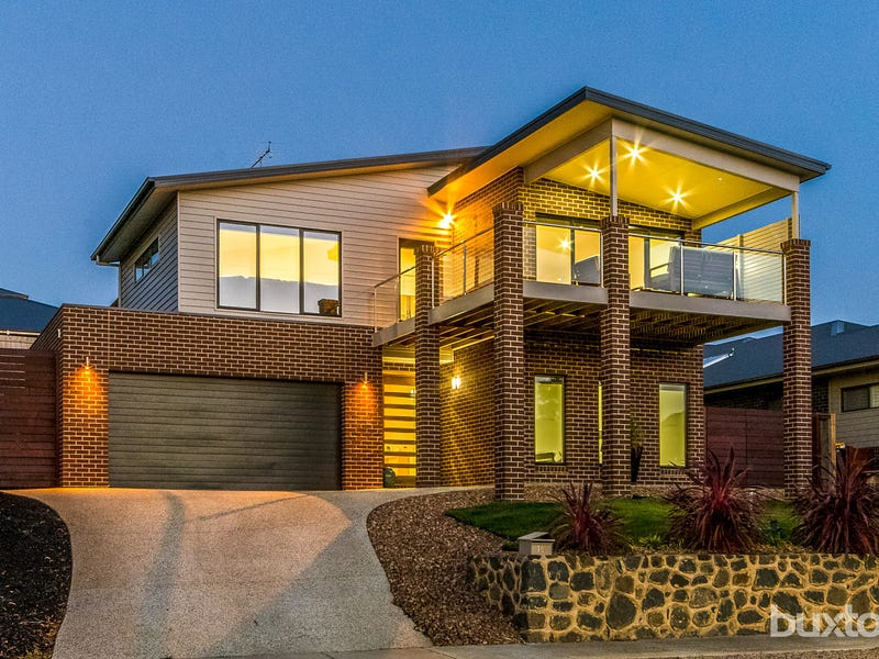 16 Valencay Avenue, Highton, Vic 3216