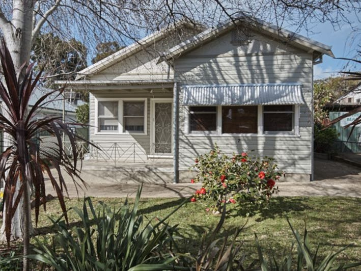7 Richard Street, Turvey Park, NSW 2650