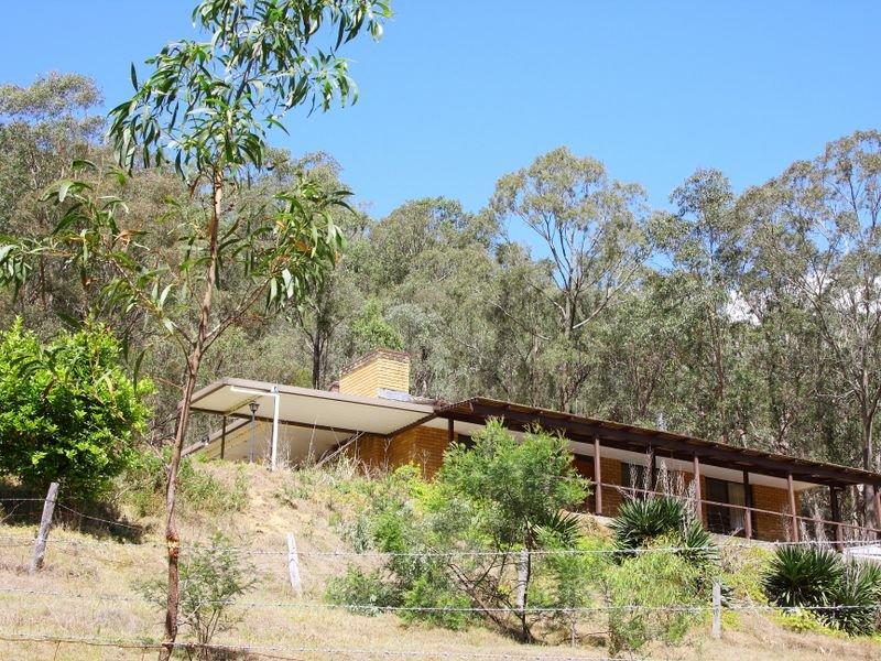 1739 Wollombi Road, Sweetmans Creek, NSW 2325