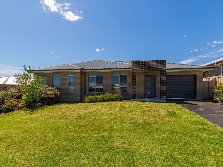 1/7 Burrundulla Road, Bourkelands, NSW 2650