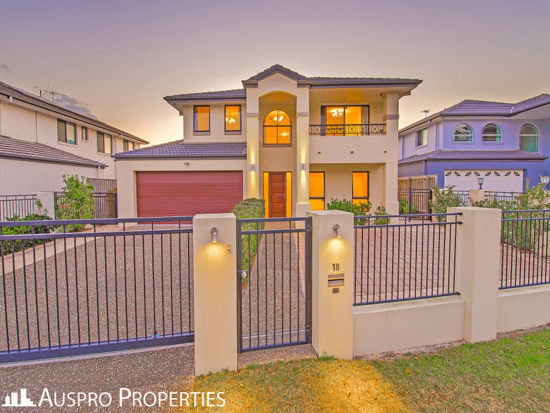 18 Peachtree Place, Stretton, Qld 4116