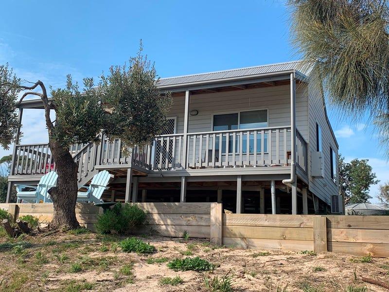27 Sixth Ave South, Paradise Beach, Vic 3851