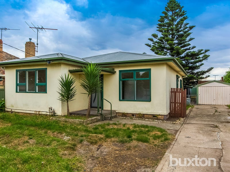 35 Townsend Road, Whittington, Vic 3219