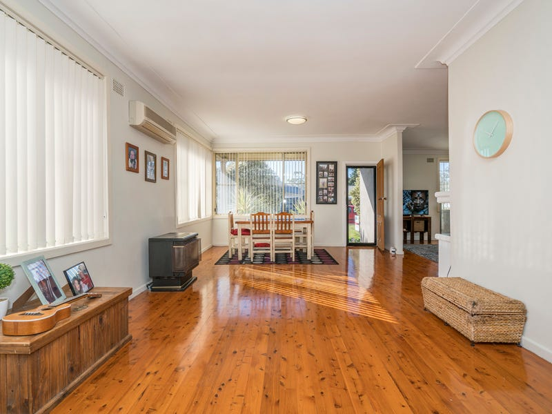 37 Docker Street, Marks Point, NSW 2280