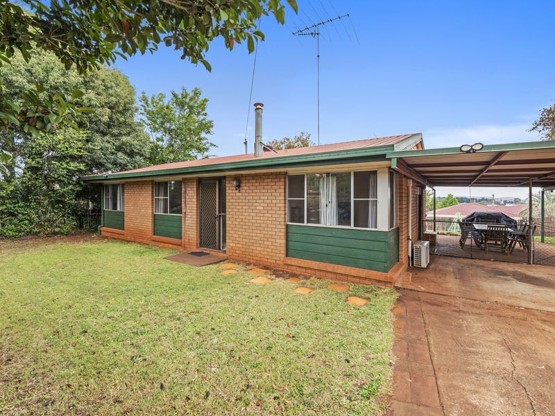 54 Glenvale Road, Harristown, Qld 4350