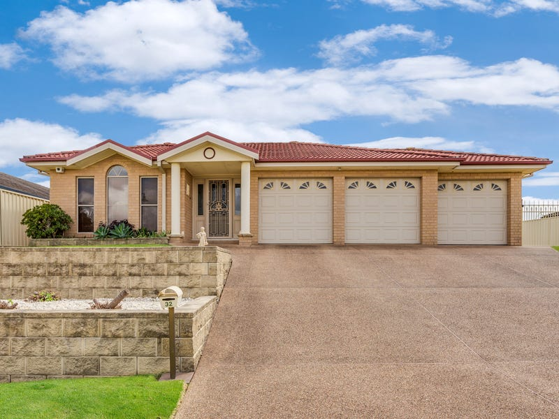 32 Sandalwood Avenue, Thornton
