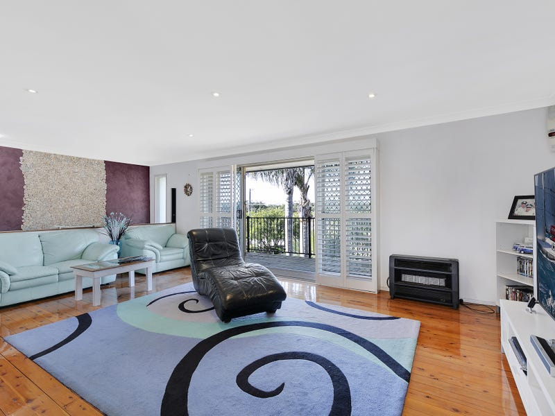 1 Margherita Avenue, Bateau Bay, NSW 2261