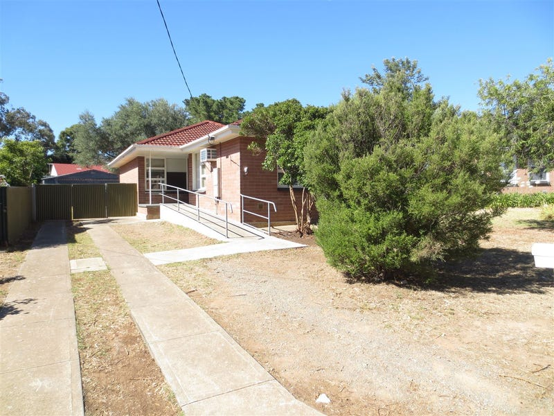 34 Adrian Street, Christie Downs, SA 5164