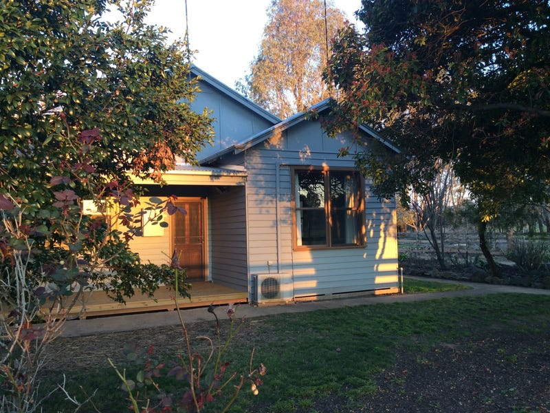 481 Whorouly Rd, Whorouly, Vic 3735